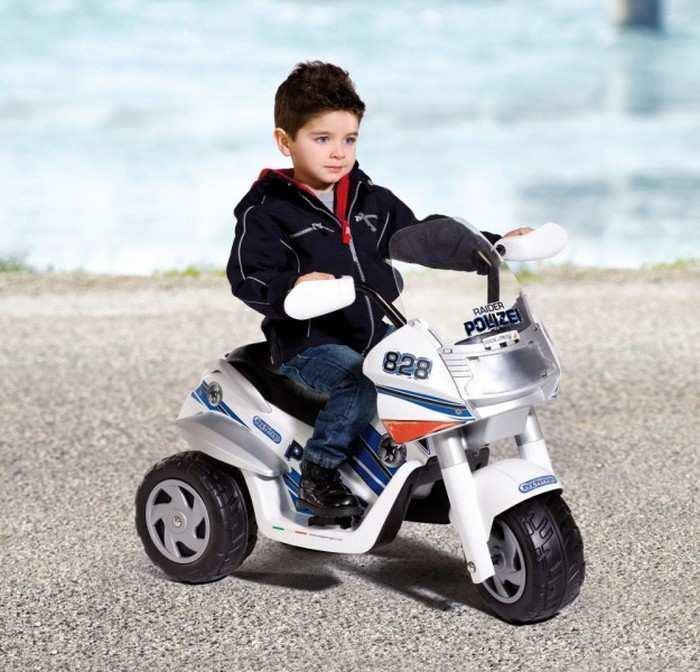 Детский мотоцикл на аккумуляторе Peg Perego RAIDER POLICE 6V