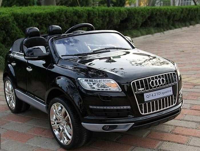 Детский электромобиль с резиновыми колесами AUDI Q7 4.2 Qattro