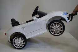 Детский электромобиль BMW O 111 OO с дистанционным управлением