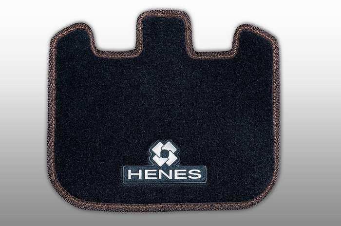 Напольный коврик для электромобилей HENES PHANTOM и HENES PHANTOM PREMIUM