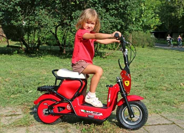 Детский электрический скутер для детей от 7 лет TVL Mokik