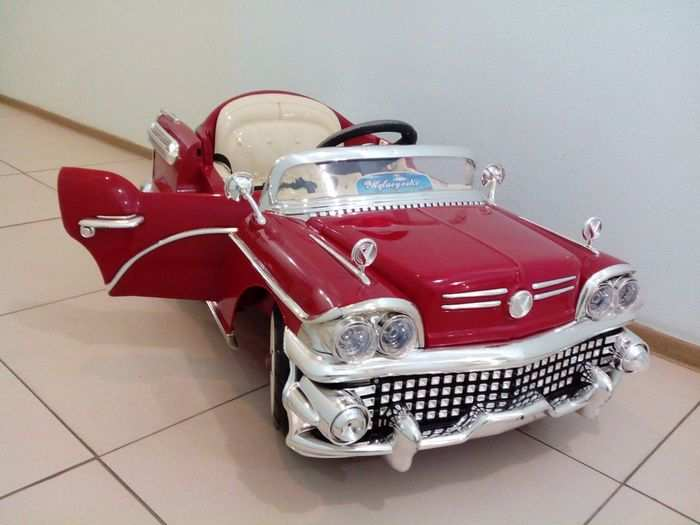 Joy Automatic YLQ 8228 детский электромобиль